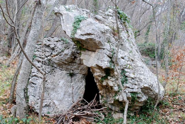 Riparo in roccia